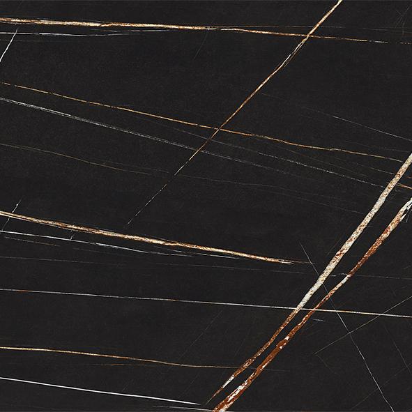 KM09 glossy Sahara Noir